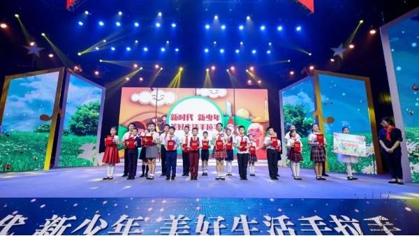 黑雪学员金子皓,荣获 第三届 杭州市十大武林小名嘴称号